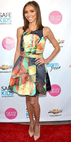 Giuliana Rancic in an A-line sleeveless mini dress by The Hellers with a vibrant blown-out floral print at a Big City Moms event in Hollywood