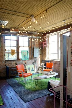 House Tour: An Artistic Loft for Three in Chicago   Apartment Therapy