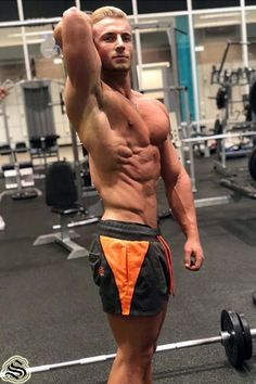 Full time shredder putting in work in the Hyper Orange Lift Shorts 💯 Perfect for leg day or any vein popping, sweat dripping sessions 💪🏽💦 SHOP via the LINK IN OUR BIO 👆🏽 strongliftwear Mens Gym Shorts, Men's Shorts, Gym Singlets, Athleisure Outfits, Workout Accessories, Legs Day, Gym Wear, Train Hard, Women's Leggings