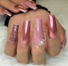 Nail Art Chrome, Chrome Nails Designs, Nail Art Designs, Chrome Rose Gold Nails, Blush Pink Nails, Matte Gold, Acrylic Nail Designs Classy, New Years Nail Designs, Pink Nail Art