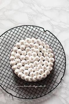 Farcire la torta con la crema - Ricetta Torta di Natale Antipasto, Chocolate, Desserts, Christmas, Dolce, Food, Pies, Diet, Recipe