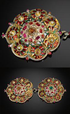 (Partly guilt) silver enamelled and gemset buckle. Ottoman, ca. Turkish Jewelry, Ethnic Jewelry, Indian Jewelry, Ancient Jewelry, Antique Jewelry, Antique Art, Art Du Monde, Deco Retro, Turkish Art