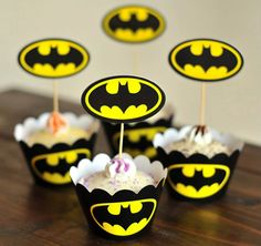 24pcs/set Batman baking cupcake wrappers & toppers picks decoration,kid/children birthday party favors supplies,cake accessories