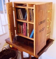 Traveling Library of the U.S. Light House Establishment