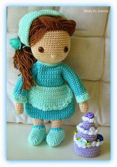 Isabella - My crochet doll - Mijn gehaakte pop