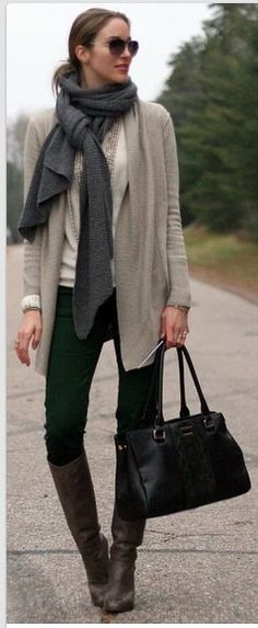 DARK GREY/BLACK BOOTS, OATMEAL CARDIGAN