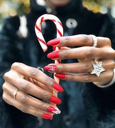 Pam (@tallfashionblog) • Photos et vidéos Instagram Nail Designer, Nails Inspiration, Fun Nails, Wedding Rings, Engagement Rings, Instagram, Photos, Jewelry, Manicure