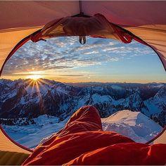 Gothic Peak Washington USA @MoonMountainMan - like it if you believe our #earthisstunning   --------------------------- #earth #earthisbeautiful #earthpix #earthphoto #earthlover #earthescape #earthcapture #photograph #photooftheday