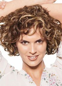Short Curly Hair Style with highlight