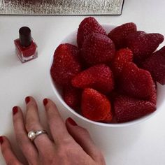 Perfect match  it's good..it's gooood  #SpringFever ❤#strawberries #red #inspiration #rednails #delicious #berries #healthy #mode