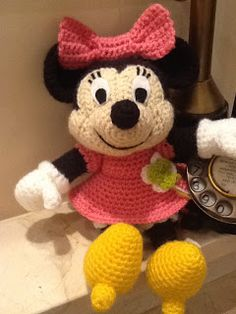Sweet Dollies: AMIGURUMI MINNIE MOUSE - diagram form
