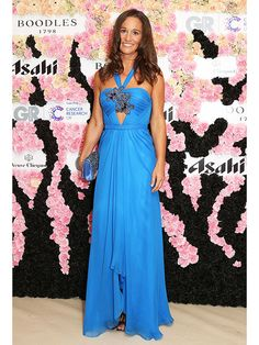 You Won't See Princess Kate in This! Pippa Middleton Wears a Seriously Sexy Blue Dress http://stylenews.peoplestylewatch.com/2015/09/12/pippa-middleton-boodles-boxing-blue-dress/