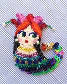 Şahmaran Broş #şahmaran #boncuk #boncukişleme #broş #brooch #pin #bead #beads #beaded #beadwork #embroidery #jewelry #jewellery #jewelrydesign #fashion #fashiondesign #design #designer #artbyayse #handmade #uniqueart #art #artist