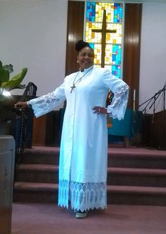 This magnificent white robe trimmed with exquisite lace is a beauty to behold. Crafted in prayers with Anointed Hands by Designer Minister Anneta Price. Church Attire, Church Suits, Office Outfits Women, Summer Outfits Women, Summer Fashions, Woman Outfits, Religion, Night Club Outfits, Club Dresses