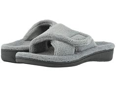 816892dfc14f VIONIC Relax (Light Grey) Women s Slippers. If you are a half size VIONIC