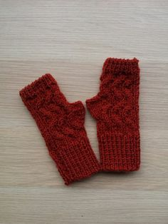 Winter Fingerless gloves, knit fingerless gloves, knitted mittens, fingerless mittens in wool  The measurements are aprox: length 7,5 inch (18 cm)  They are ready, and I ship them the day after your purchase with priority, without track number (more cheap!!)  Other fingerless gloves in my shop Notforeat http://www.etsy.com/shop/Notforeat?ref=si_shop  I use high quality materials purchased at yarn stores, not box or discount stores.  Colors might be slightly different according with your…