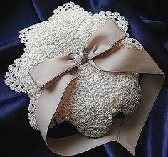 ateliersarah's ring pillow/2009