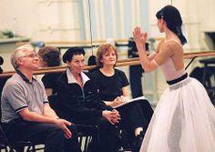 David Wall, Dame Beryl Grey and Lynn Vella-Gatt coaching Daria Klimentova in the ENB studio © John Ross