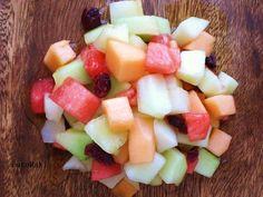 Viiden melonin salaatti. Kotikokki.netin nimimerkki FutoMakin melonisalaatti olisi oiva brunssille