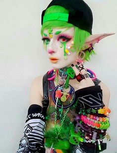 Trend professionals give up five fresh new techniques to wear a hoodie without the need for looking like an angst-ridden. Pastel Goth Makeup, Pastel Goth Fashion, Kawaii Fashion, Cute Fashion, Daily Fashion, Girl Fashion, Anime Makeup, Kawaii Makeup, Hair Makeup