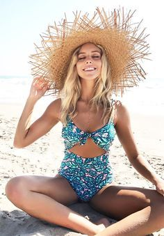 Live life on the beach~ Cupshe Lush Leaves Print One-piece Swimsuit features pretty leaves print and stunning cut-out design. Better support with back hook closure. Have fun with your friends and families. Shop Now~