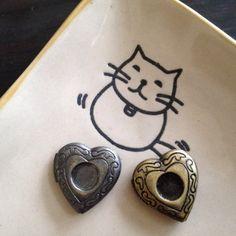 5x Heart Locket 20x20 mm  Code 270.634B by WanWanCorner on Etsy (Craft Supplies & Tools, Jewelry & Beading Supplies, Findings & Hardware, locket, charm, pendant, women, brown, wholesale, antique, HEART, silver, nickel free)