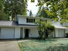 Minutes from the freeway and The Commons in Federal Way. Carefully and completely rebuilt from the ground up! Finished August 2016. Don't pass up this fantastic turnkey investment opportunity. Annual leases just signed for both units at $1,450/month each (utilities paid by tenants). Cap Rate of 6.38%. Vacancy rate zero for last four years of tenancy. All appliances included brand new