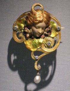 Art Nouveau Brooch Germany (ca 1900)
