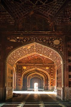 Mughal Architecture, Beautiful Architecture, Beautiful Buildings, Art And Architecture, Persian Architecture, Taj Mahal Interior, Palace Interior, Indian Aesthetic, Panoramic Images