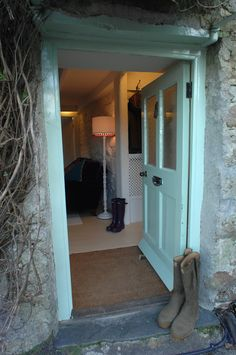 A Joyful Cottage: A Tour of Pixie Nook Cottage in Cornwall