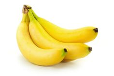Banana is a powerful fruit, It can help you to get your potassium up and feeling energetic. Tip: eat 1 banana a day How To Store Bananas, Anemia, Banana Oatmeal Muffins, Banana Pancakes, Banana Benefits, Dieta Paleo, Gluten Free Muffins, Nutrition, Brain Food