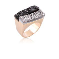 Anel Drusas Irregulares - anel semi joia banhado à ouro 18k em drusa platina e drusa negra, acessório perfeito para qualquer ocasião. Exclusividade Dezeus Joias!