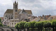 So schön, dass sie Malern immer wieder Modell stand: die Kirche Notre-Dame in Moret-sur-Loing.