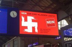 Auf neun Werbeflächen zu sehen: Das Hakenkreuz-Motiv gegen die Durchsetzungsinitiative. (22. Februar 2016) Bild: persoenlich.com / Lucienne Vaudan