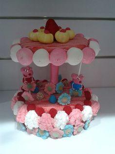 Los personajes de Peppa Pig son los protagonistas de esta maravillosa tarta de Dulce Diseño Sanlúcar de Barrameda.