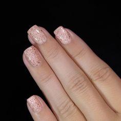 #FrenchManicureGelNails Christmas Manicure, Christmas Nail Art, Holiday Nails, Nail Art Halloween, Graduation Nails, American Nails, Short Nails Art, White Nail Polish, Best Nail Art Designs