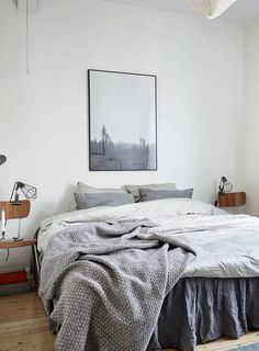 Cozy bedroom with wood accents - via Coco Lapine Design