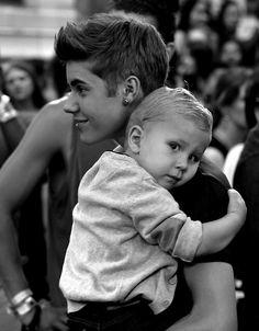 Justin Bieber and Jaxon Bieber ♥