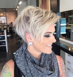 Cutest platinum pixie! Pretty Short Hair Styles for Summer