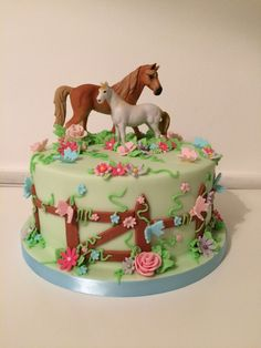 Horse Theme Birthday Party, 8th Birthday Cake, Farm Animal Birthday, Cowgirl Birthday, Racing Cake, Cowgirl Cakes, Pony Cake, Horse Cake, Animal Cakes