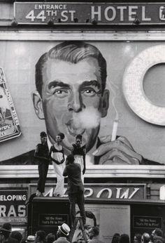 Times Square New York 1964  Photo: George W. Gardner