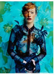 Elle Canada. Triggered by the duo of photographers Leda & St.Jacques and exquisite style of Anthony Mitropoulos, presents us with a bunch of sets with proposals for the next flowering season. Lanvin, Dries Van Noten, Vionnet, Paul Smith ...