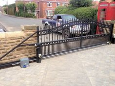 viceroy automatic sliding driveway gate privacy fences. Black Bedroom Furniture Sets. Home Design Ideas