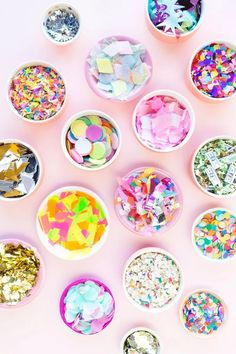 The Ultimate Guide to Confetti - Studio DIY Diy Confetti, Wedding Confetti, Confetti Cones, Diy Party Dekoration, Party Deco, Blog Deco, Partys, Baby Shower, Party Planning