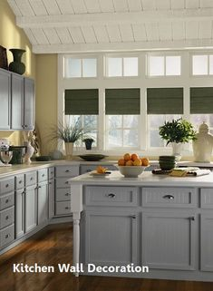 Benjamin Moore Kitchen Colors New Kitchen Color Ideas & Inspiration Kitchen Wall Design, Kitchen Wall Cabinets, Kitchen Decor, Kitchen Ideas, Kitchen Tips, Gray Cabinets, Painted Cupboards, Yellow Cabinets, Kitchen Colour Schemes