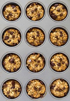 Healthy Banana Chocolate Oatmeal Muffins This months ideas: September Easy Cake Recipes, Dog Food Recipes, Healthy Recipes, Healthy Breakfasts, Cookie Recipes, Chocolate Cake Recipe Easy, Homemade Chocolate, Banana Oatmeal Muffins, Chocolate Chip Oatmeal