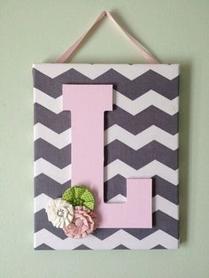Girls Chevron Canvas Initial Decor by DopfelDesigns on Etsy. Canvas Crafts, Diy Canvas, Diy Wall Art, Diy Art, Fabric Covered Canvas, Initial Decor, Initial Art, Initial Canvas, Baby Room Diy