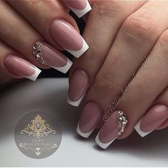 130 French Nails Ideas – The Best Nail Designs – Nail Polish Colors & Trends White Tip Nails, French Manicure Nails, French Manicure Designs, French Tip Nails, French Acrylic Nails, French Nail Art, Bridal Nails French, Short French Nails, Nails Design