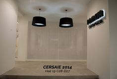 Este hall da la bienvenida a nuestro stand en #Cersaie.  Un buen recibidor invita a descubrir el encanto interior. ¡Visítanos! - This hall welcomes you to our stand in #Cersaie. A great entrance invites you to discover the charm of what's inside. Visit us! #PamesaCerámica #Pamesa #azulejos #tiles #decoración #decor #interiordesign