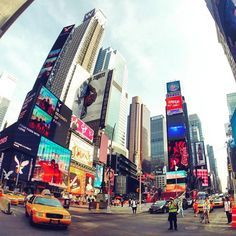 Times Square in New York City. New York is still on my bucket list unfortunately. But that's for so many other places as well. Pic by @brandonsalt. #GoPro #city #NYC #newyork #timessquare #travel #wanderlust
